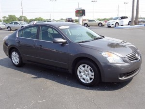 2009 Nissan Altima: best used hybrid car on the road